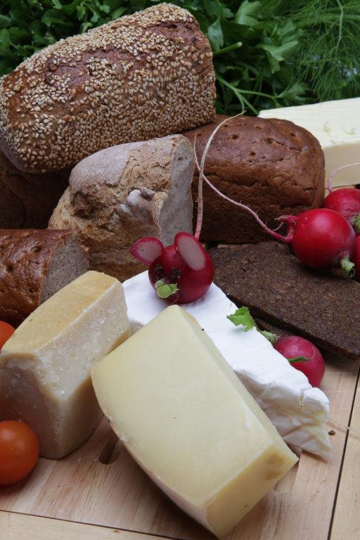 Lebensmittel + Käse
