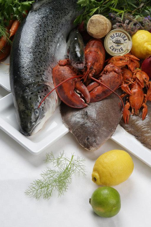 Lebensmittel + Fisch