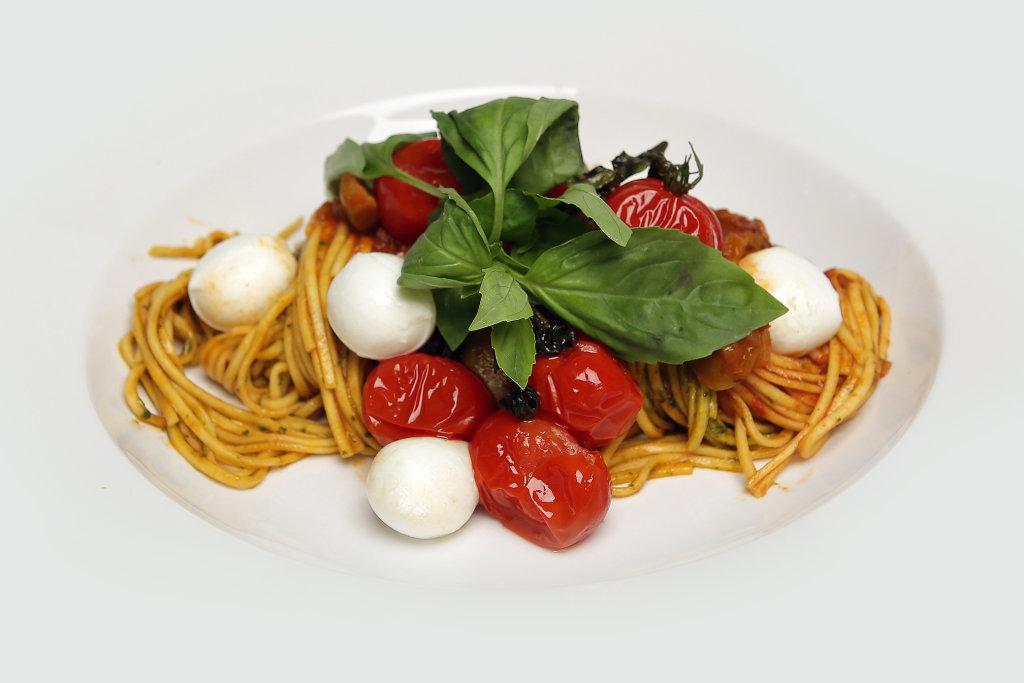 Fettucine mit Ofenkartoffeln und Mozarella