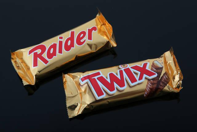 Raider vs, Twix