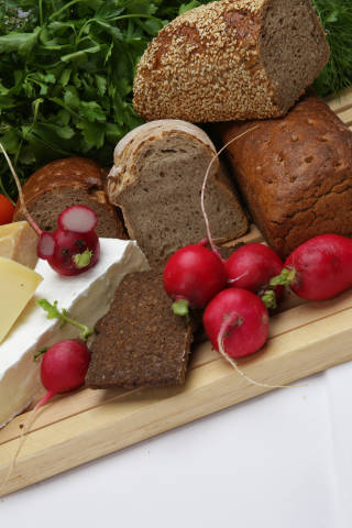 Lebensmittel + Brot