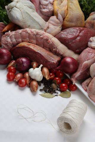 Lebensmittel + Fleisch