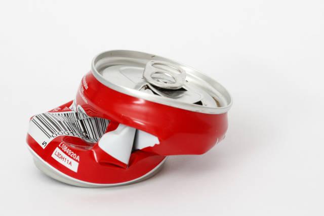 zerquetschte Getränkedose