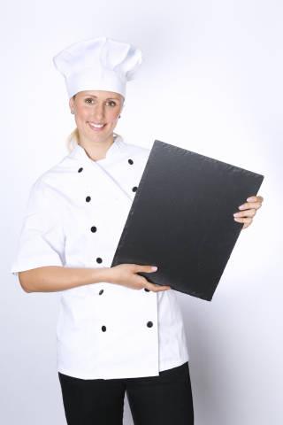 Koch mit Platte