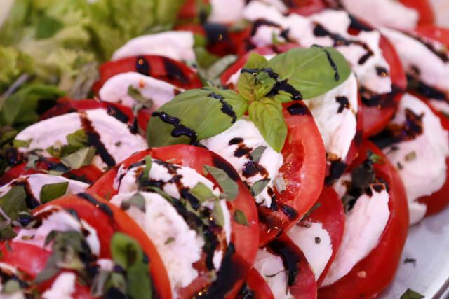 Tomate mit Mozarella