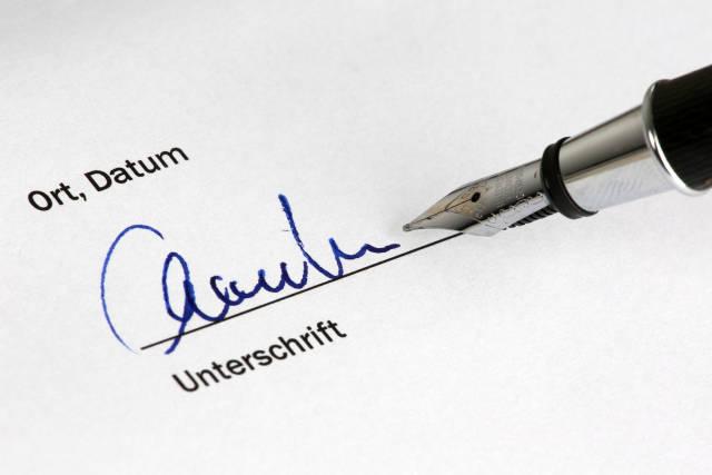 Unterschrift mit Füller