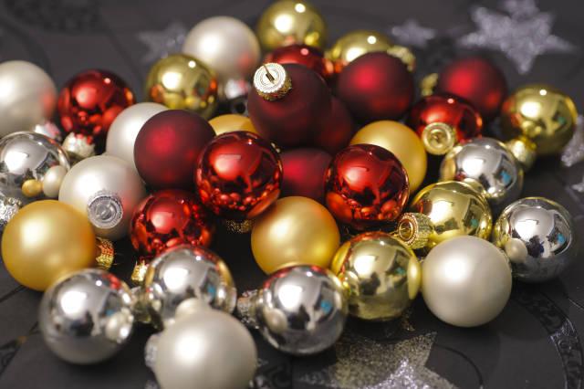 Weihnachtskugelhaufen