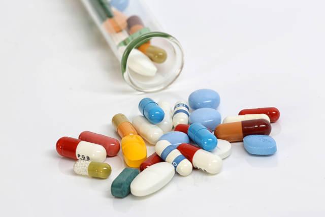 Tabletten aus dem Reagenzglas