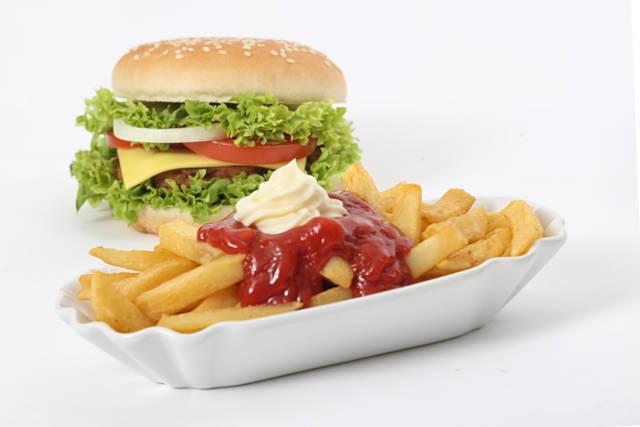 Pommes und Burger