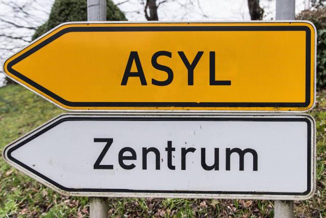 wegweiser ASYL