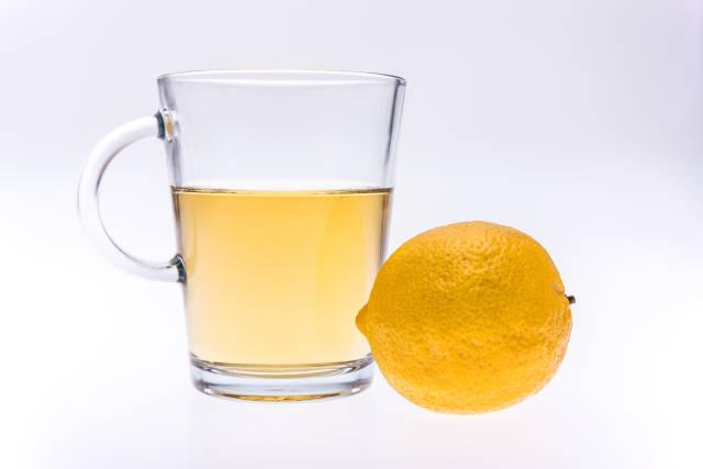 Heisser Zitronentee