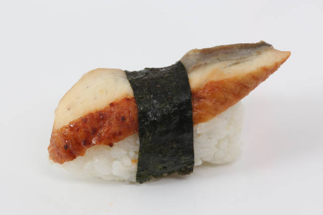 Nigiri Sushi mit Huhn