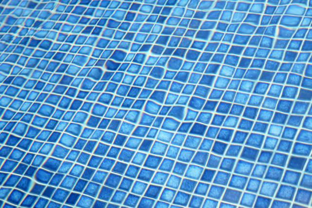 Pool Fliesen