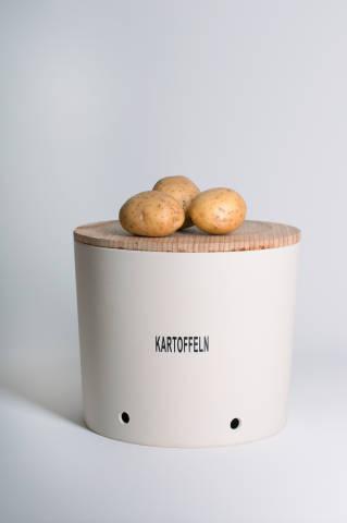 Kartoffeln auf Vorratsdose