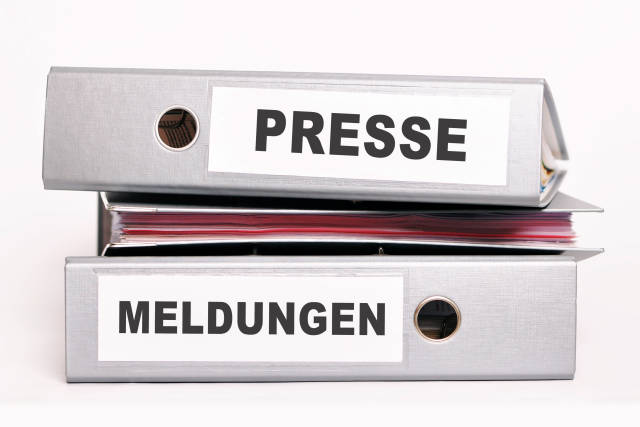 Aktenordner Presse Meldungen