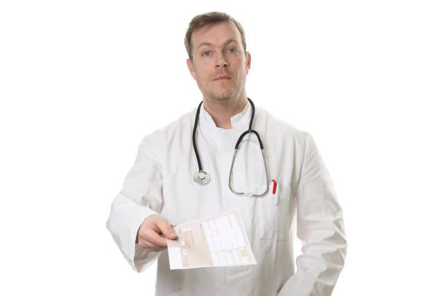 Arzt mit Rezept