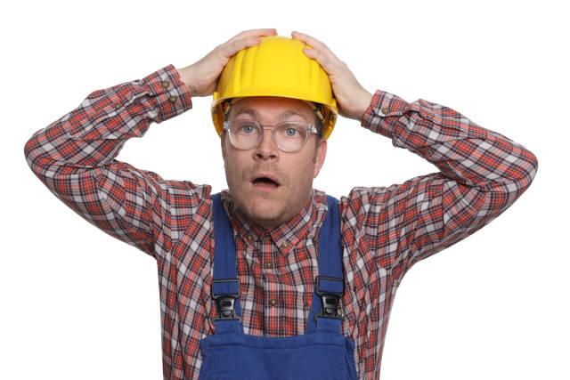 Bauarbeiter ist fassungslos