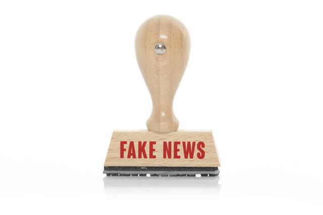 Stempel FAKE NEWS