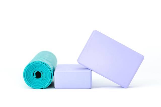 Yoga Block und Yoga Matte