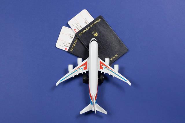 Flugtickets und Reisedokumente