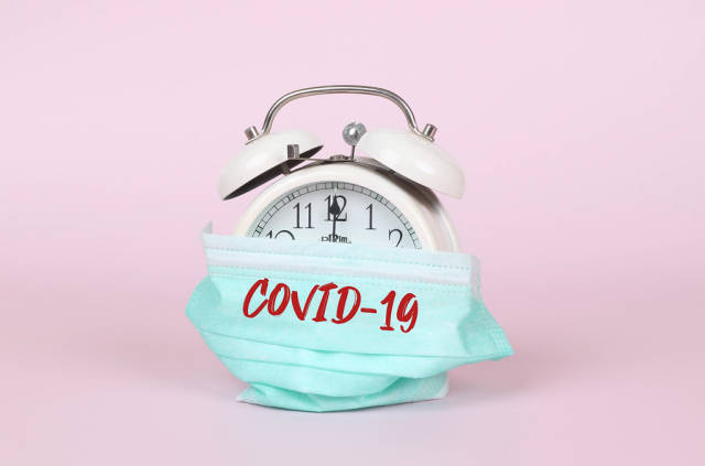 Alarm clock with safety mask and Covid-19 text