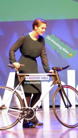 Vorführung des 3D gedruckten Fahrrads - TEDxVenlo 2017