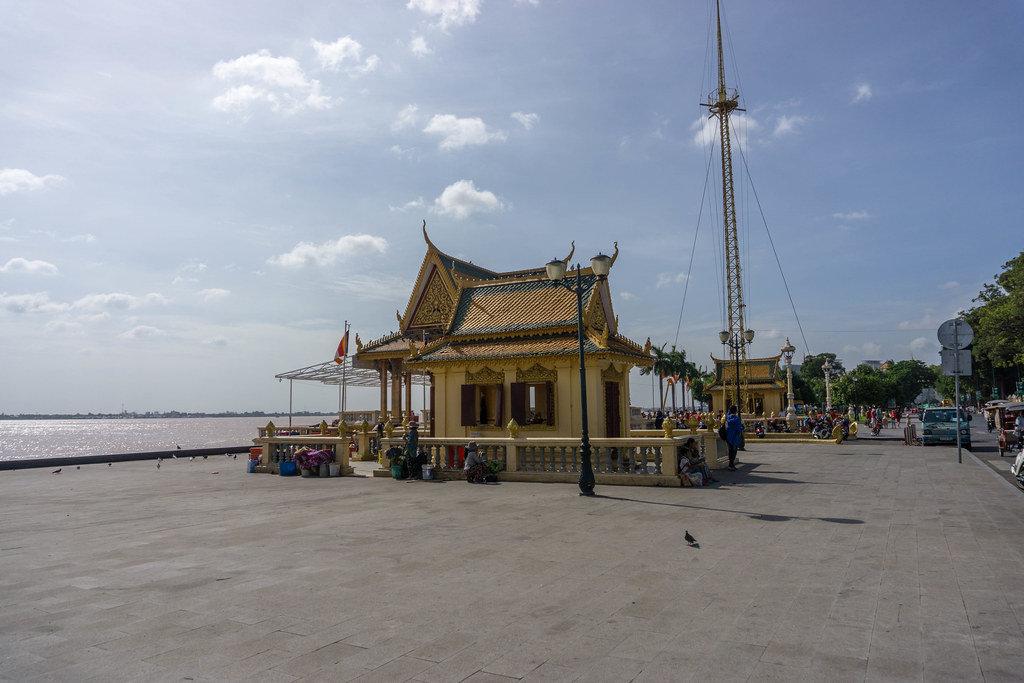 Phnom Penh Promenade at the Mekong River