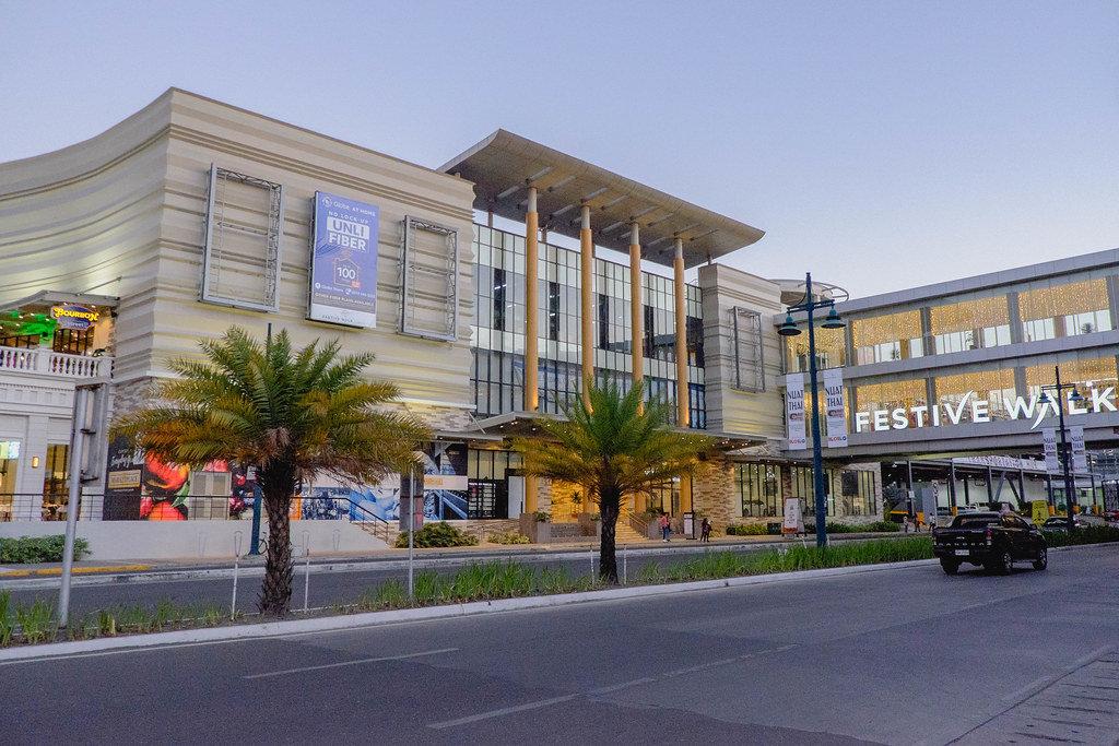 Architecture of a mall in Iloilo