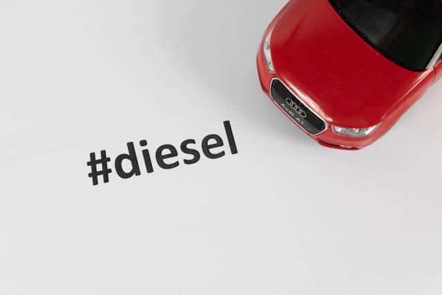 Dieselauto mit Hashtag #diesel