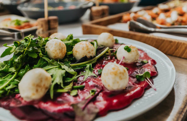 Mocarella Balls With Beet And Souce