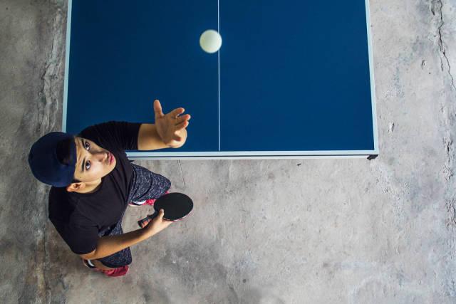 Aufschlag beim Tischtennis