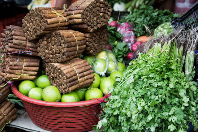 Stand Selling Cigars, Lemons, and Parsley