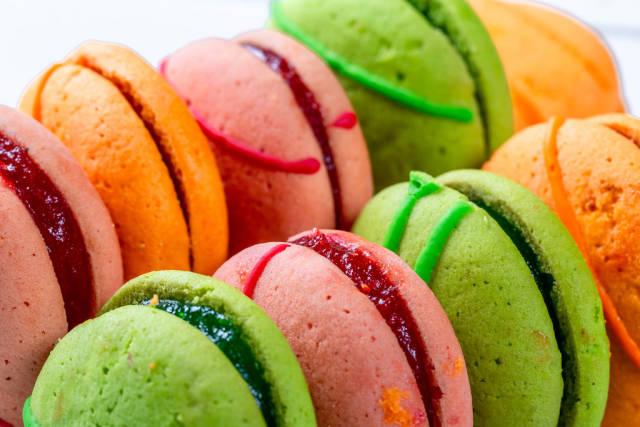 Close up colorful macarons dessert