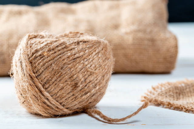 A tangle of thick burlap thread
