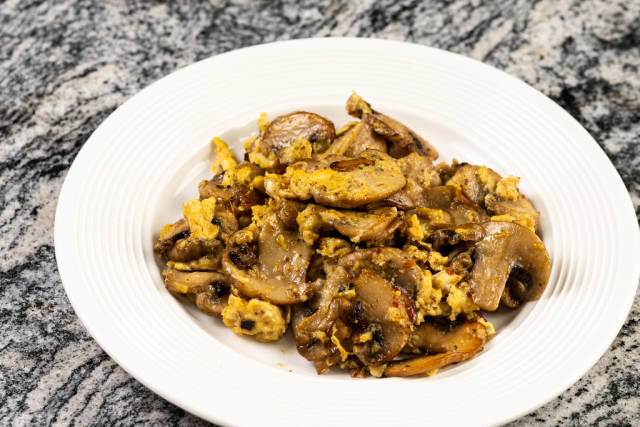 Fried Eggs and Mushrooms
