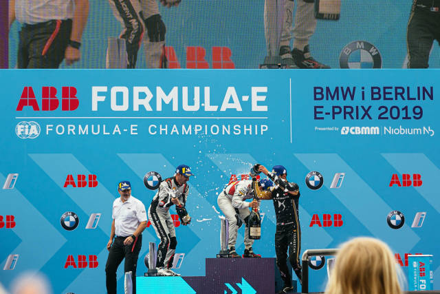 Berlin 2019 E-Prix: winners spraying champaing over each other