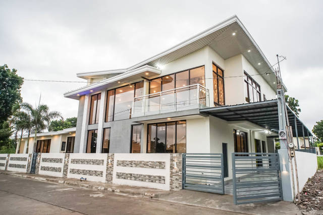 A newly built villa in a prestigous place in Bacolod