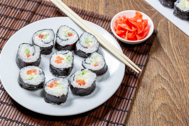 Maki-rolls with salmon ready to eat
