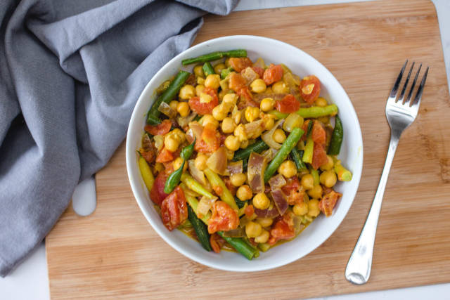 Chickpea Curry with Vegetables