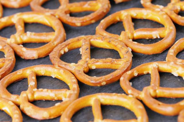 Salted mini pretzels
