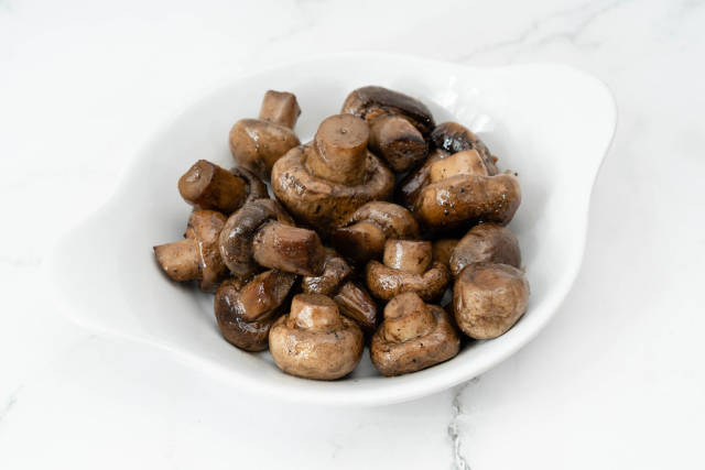 Grilled Mushrooms served in the bowl