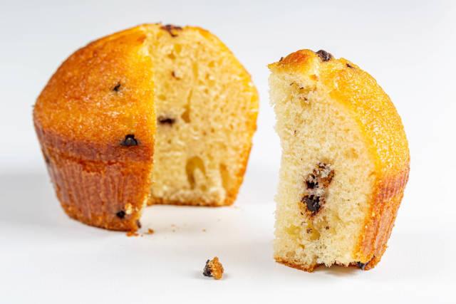 Sliced vanilla muffin with chocolate crumbs