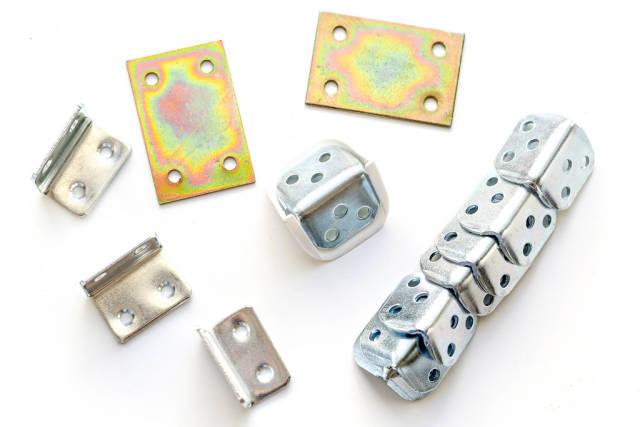 Metal mounting corners for furniture and repair