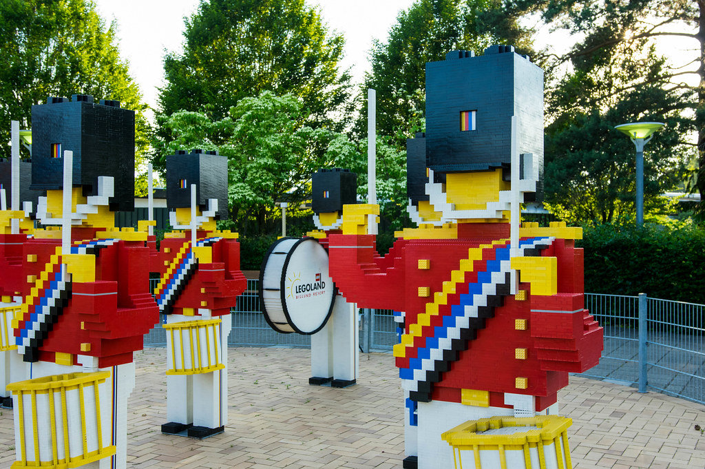 Lego band soldiers