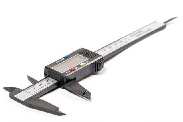 Modern caliper with electronic scoreboard