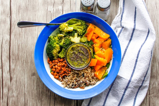 Vegetables Salad Bowl with Lentil, Broccoli, Pepper, Rice