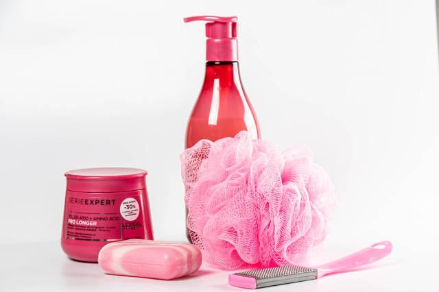 Shampoo, soap, hair mask, washcloth and pumice-bathroom set