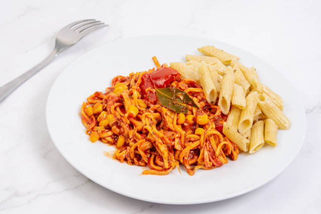 Spaghetti Bolognese served on the plate