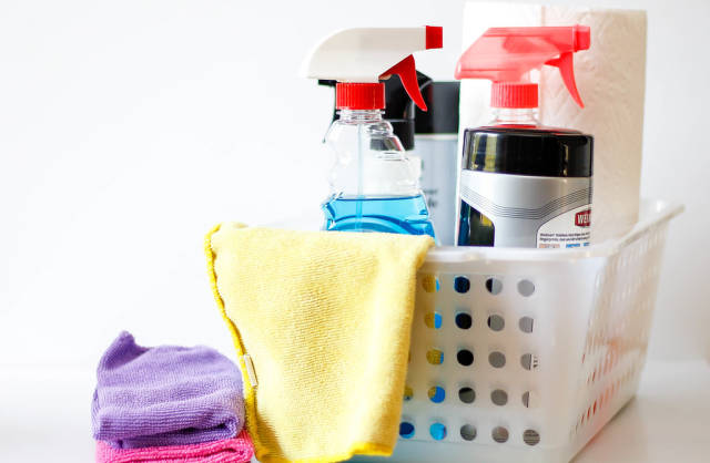 Reinigungsmittel und Mikrofasertücher