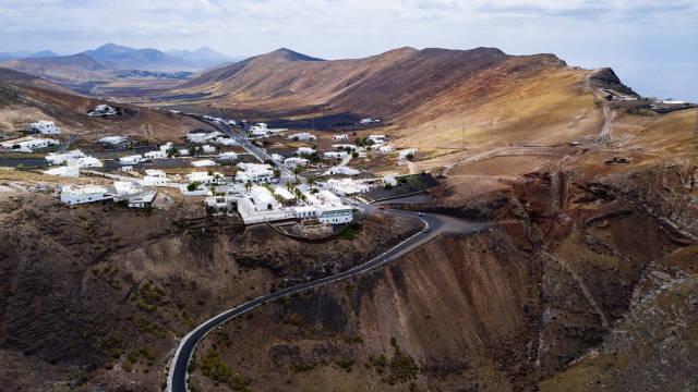 Aerial view of Spanish town in the mountains range / Luftaufnahme der spanischen Stadt in den Bergen
